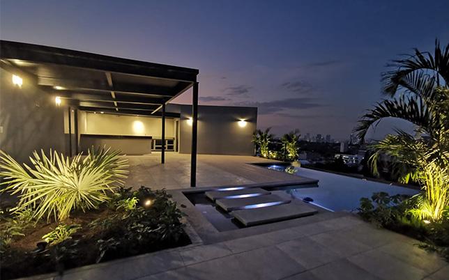 Roof_Garden_Magma567